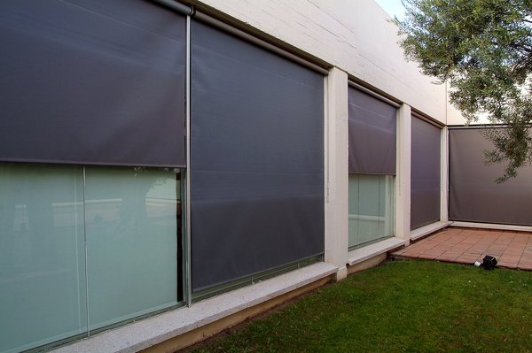 Toldos verticales toldos sevilla - Persianas para balcones ...
