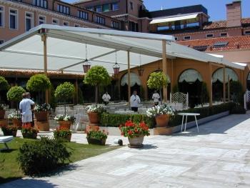 Toldos para bares restaurantes y comercios toldos en - Toldos terrazas bares ...