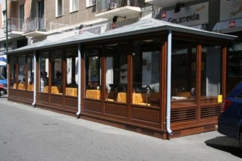 Toldos para bares restaurantes y comercios toldos en for Toldos para comercios